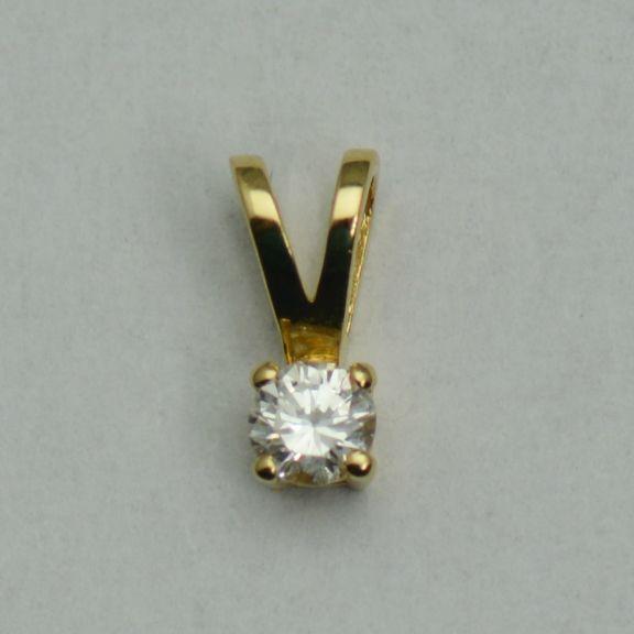 Pandantiv de aur galben 18k cu diamant