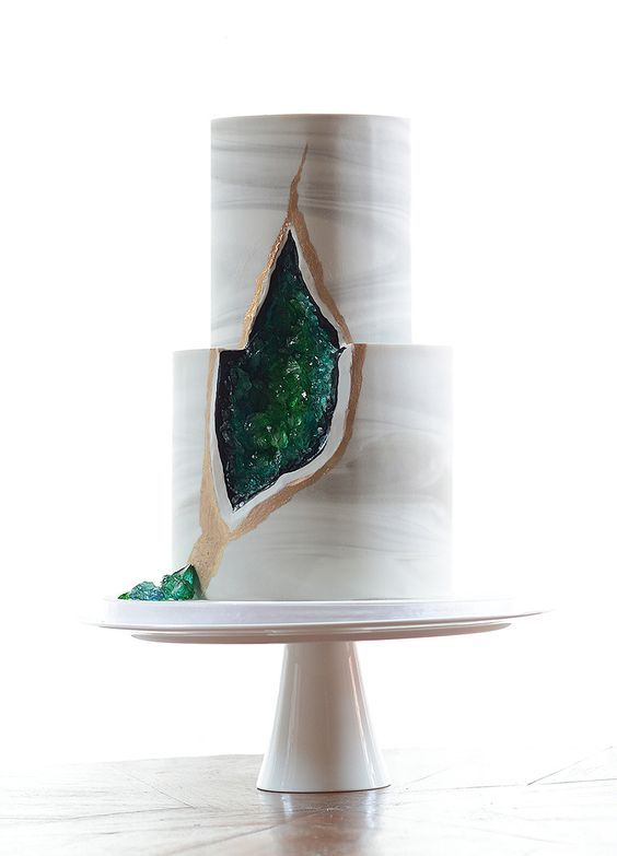 Stunning marble and geode wedding cake