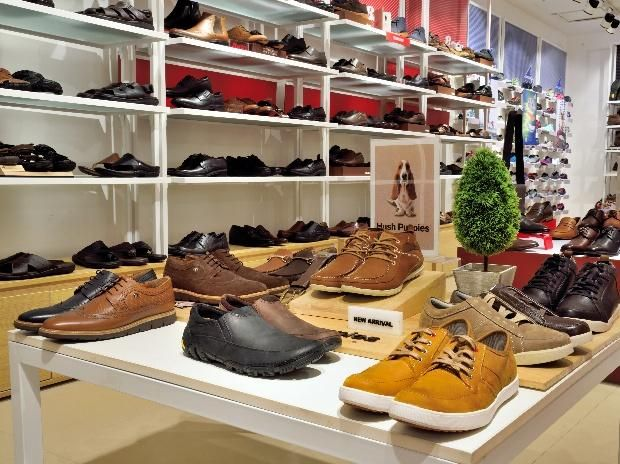 Leather footwear stocks in focus Relaxo Superhouse up over 5% - Business Standard #757Live