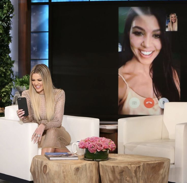 @khloekardashian: When you take over the Ellen show and you face time your sister/ best friend 😝😝😝 tune in today at 4pm!! @theellenshow
