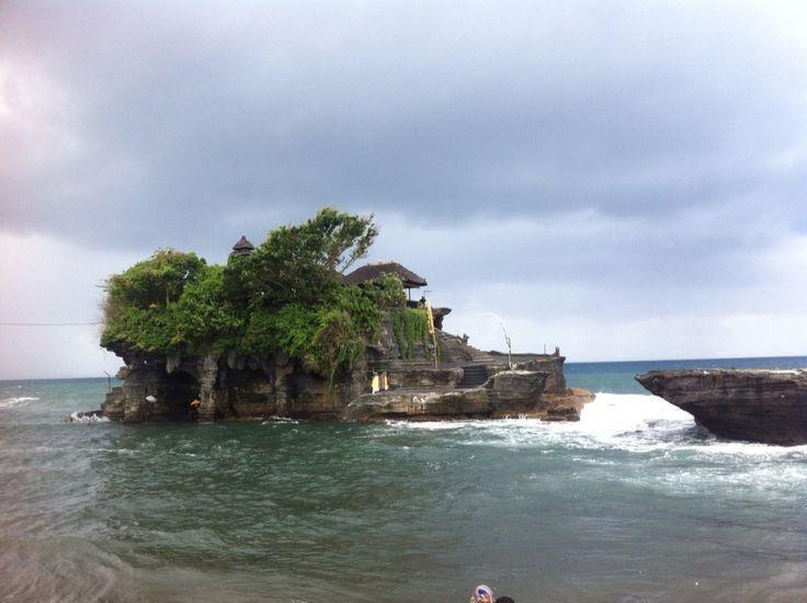 #bali #tanah #lot #island #temple
