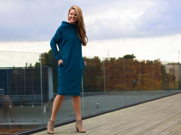 FRAN LONG | MORSKA SUKIENKA Z SZEROKIM GOLFEM - Karolina-Garczynska - Sukienki