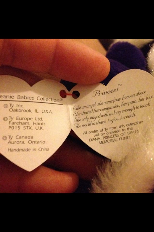 Beanie Babies and collectible notes