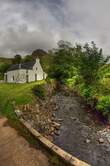 Talisker House , Isle Of Skye   Allen B. McLean Flickr - Photo Sharing! - Scotland, UK