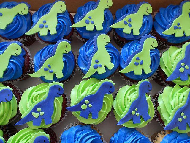 Dinasaur Cupcakes:  use fondant, and star shapes for the polka dots.