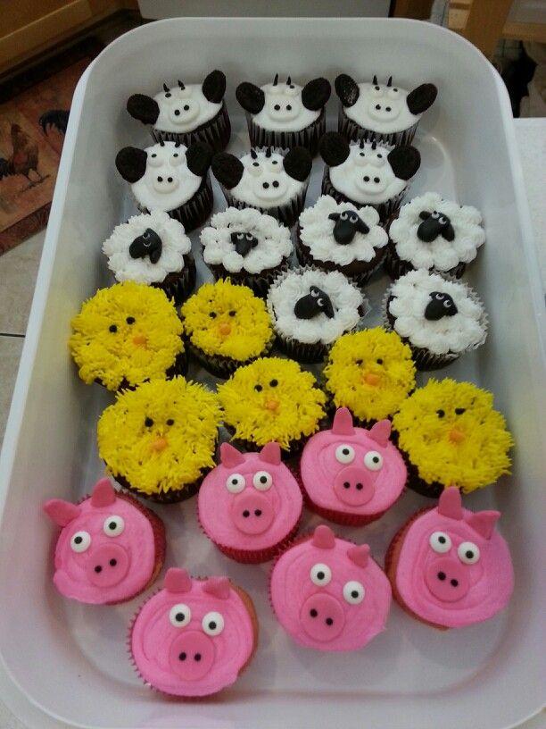 Farm Cupcake Cake