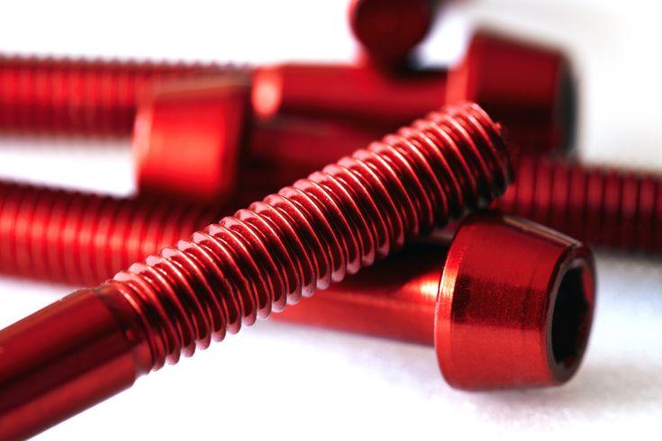 Tifoo - Galvanik, Kleingalvanik, Galvanisieren und Metalllveredelung und Spezialchemie - das alles finden Sie bei Tifoo! Selbst galvanisieren, selbst vergolden und versilbern.
