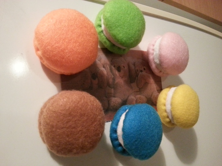 Felt Magnetic Macarons (zero calories) magnets are not seen on macaroons