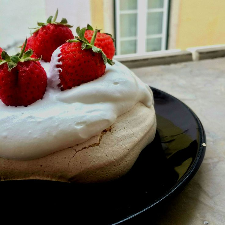 Vegan merengue :) Pavlova