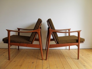 Model 563 lounge chair designed by Fredrik Kayser for Vatne Lenestolfabrikk, Norway c 1950