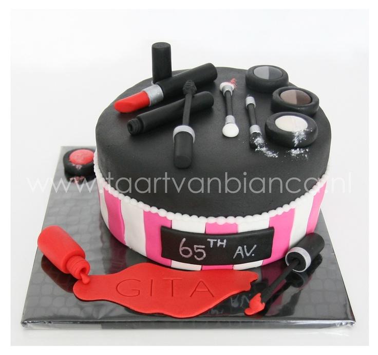 Make up cake by taart van Bianca