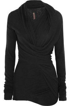 Beautiful black sweater- Love!