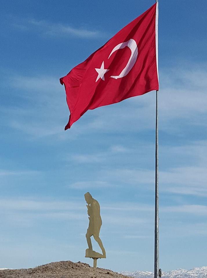 Hacıhasanlı Köyünün Atatürk ve Bayrak Sevgisi