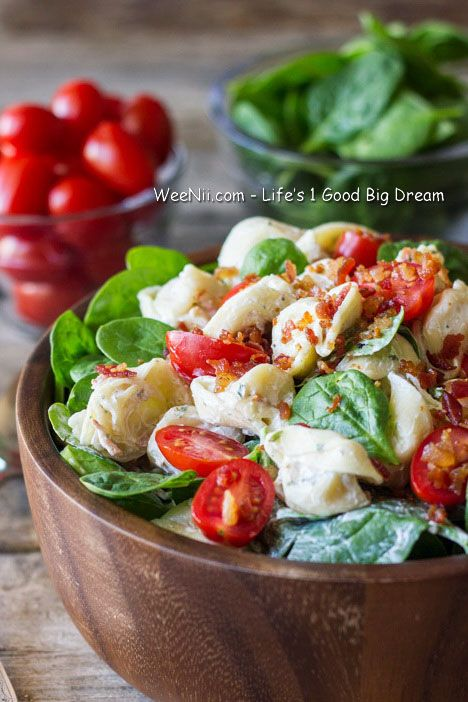 BLT Pasta Salad with Garlic Sauce