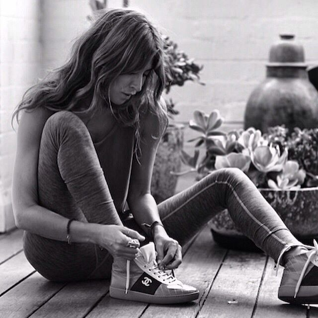 Jodhi Meares - Style icon, Yogi, Business woman and creator of THE UPSIDE