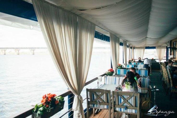 """Невероятно воздушные шторы и потолок для ресторана """"Веранда на Днепре"""""""