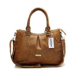 Coach With A Lower Price And High Quality Is Waiting You Coming! #coach #WhatsInYourBorough #BestSeller