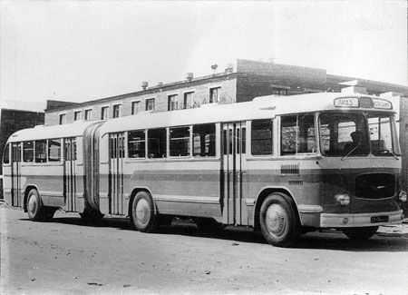 ♥♦♥ LIAZ 676 1962  123p 6x4 | https://myntransportblog.com/2014/05/19/cars-buses-trucks-liaz-likinskiy-avtobusnyi-zavod-russia/