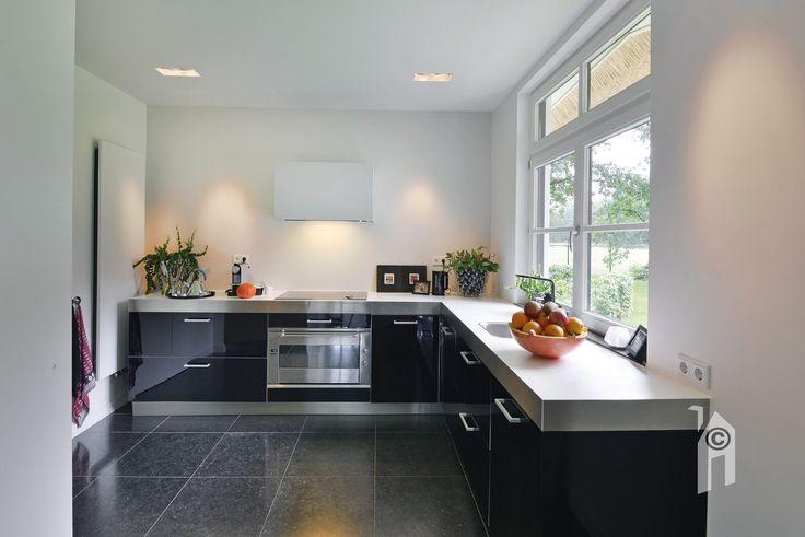 Landhuis met een schitterende lichte keuken