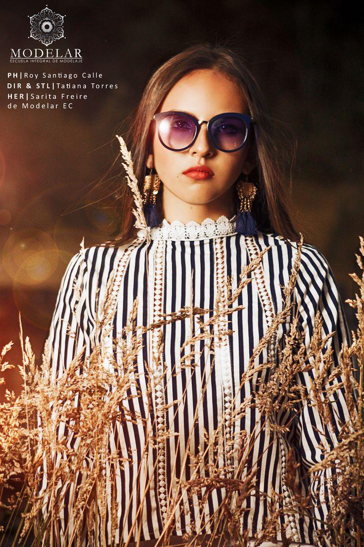 Book Sarita. PH: Roy Santiago Calle Her: Sarita Freire de Modelar EC #book #outdoor #outdoorphotography #sunset #fashion #fashionphotography #photographer #model #Cuenca #Ecuador