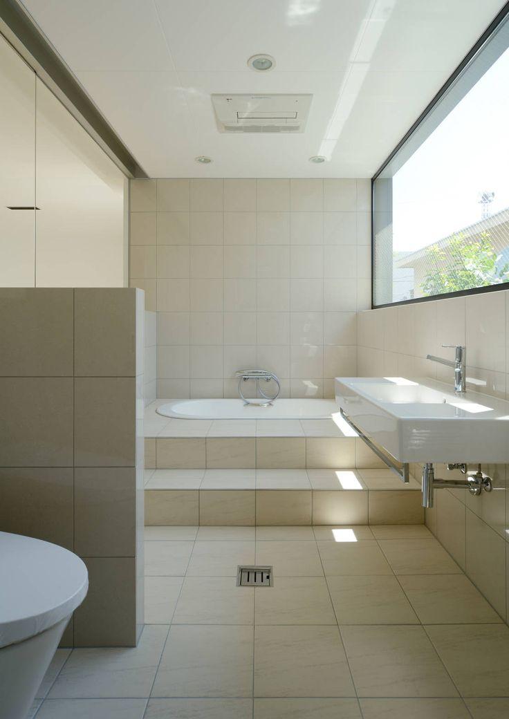 どうすればお風呂を大きく見せられる バスルーム インテリア 風呂 お風呂