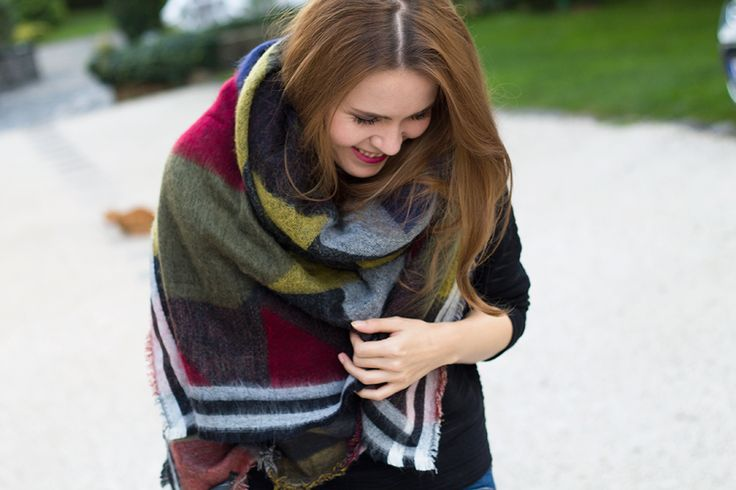 The oversized Zara scarf  - the perfect fall accessorie | on: http://szepseglabor.blogspot.com/