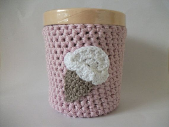 Ice cream cozy crocheted in pastel pink by fabulousloopyness, £8.50
