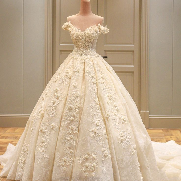 Princess Real Wedding Dress 2017 Off Shoulder Weddding Dresses Robe De Mariage Appliques Lace with Flower Wedding Gowns