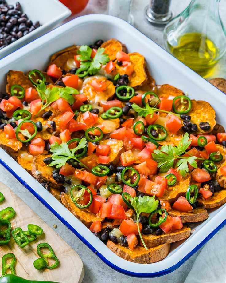 355 best snacks images on pinterest everyone loves these delicious loaded sweet potato nachos clean food crush forumfinder Gallery
