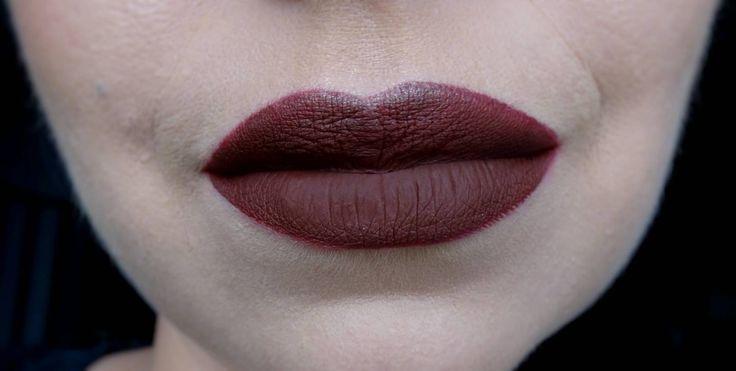Dark lip for fall! Using Gerard Cosmetics Hydra-matte liquid lipstick in Boss Lady