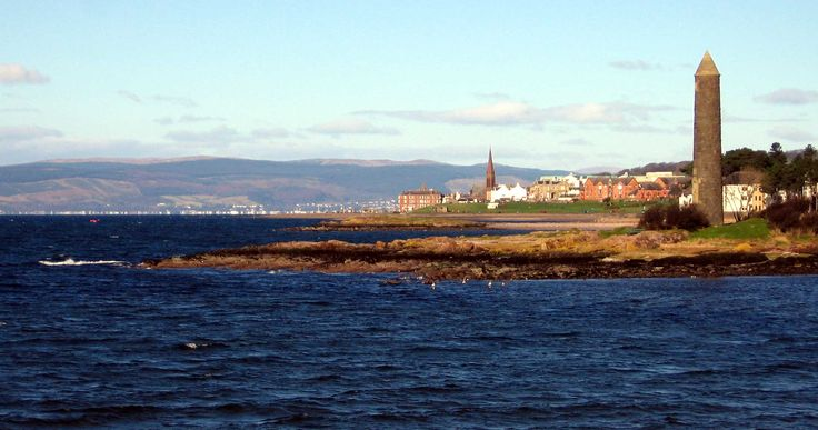 The Pencil Monument, Largs - another of my favorite places. Walked my dog many, many times by The Pencil in Largs. (The Scottish Tourist Board used to say L.A.R.G.S - Like A Rare Gem Set. I agree.)