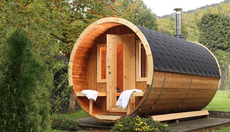 Wellness pur - im eigenen Garten mit dem Saunafass 330 de luxe von Wolff Finnhaus.