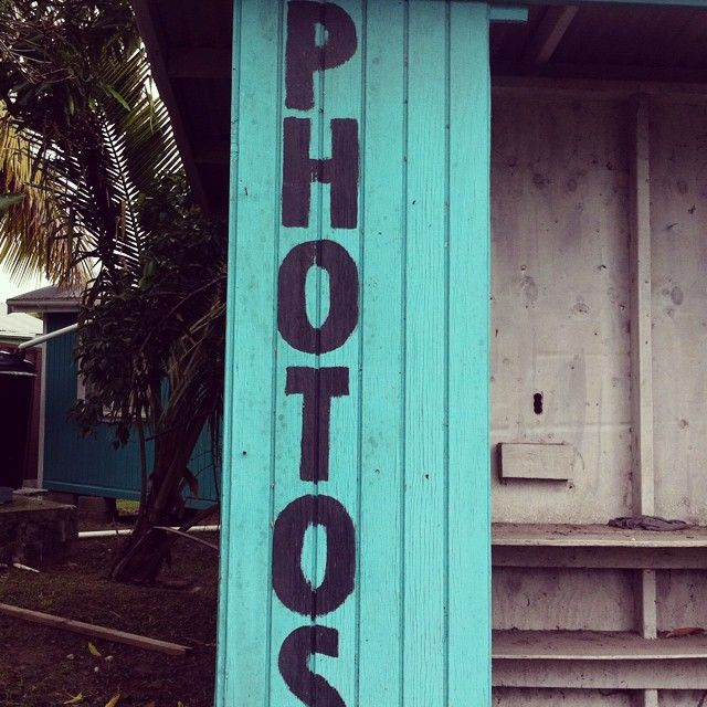 Photo booth #antigua #antiguaandbarbuda #caribbean #pics #green #jade #colours #instafollow #fun #happy #blog #writer