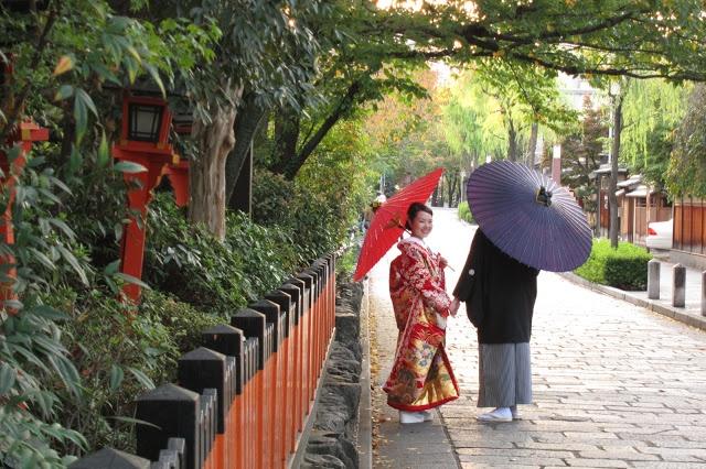 Round of the Seasons in Japan: Happy Wedding
