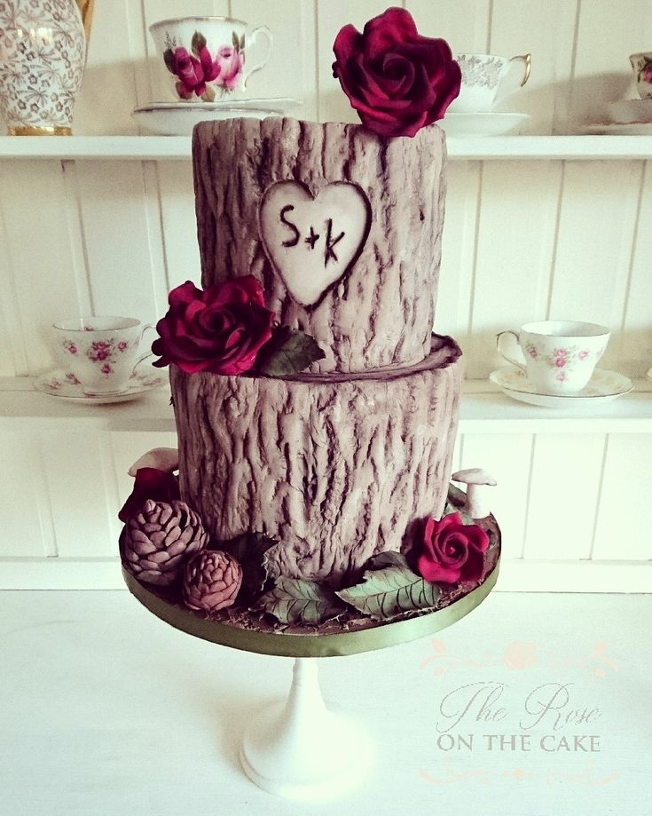 Hand painted cake designer for weddings and celebrations
