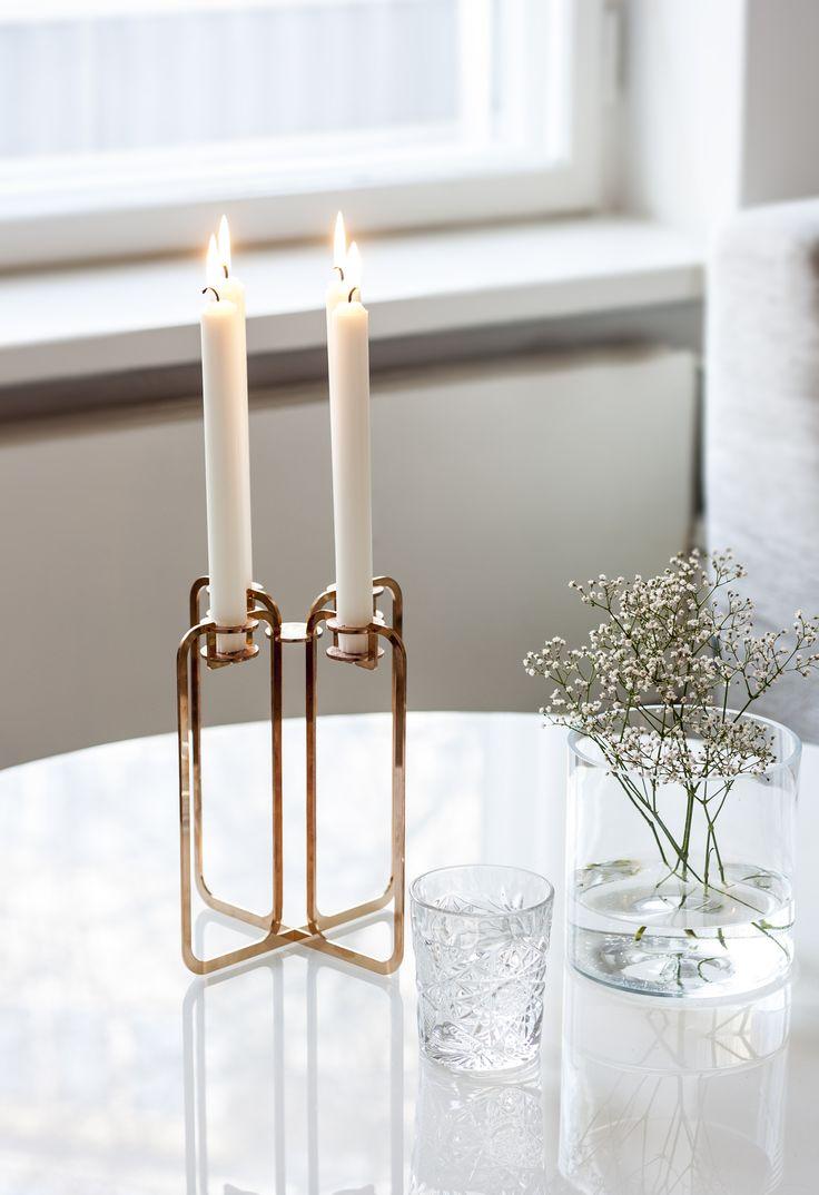 be&liv on suomalainen designbrändi, joka tarjoaa uudenlaista skandinaavista tyyliä sisustukseen. Muotoilija Ilkka Suppasen suunnittelema Quartet kynttelikkö edustaa perinteistä minimalistista pohjoismaista muotoilua yhdistettynä be&liville tunnusomaiseen materiaalikäyttöön ja pakkausmuotoiluun. #habitare2016 #design #sisustus #messut #helsinki #messukeskus