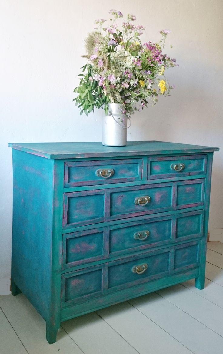 M s de 25 ideas incre bles sobre muebles envejecidos en - Muebles antiguos pintados ...