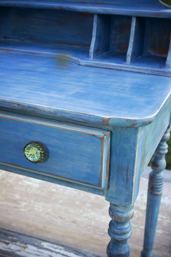 Watery blue chalk paint ~ oooh, I want to paint Blue Montana Sky on my next piece like this!!