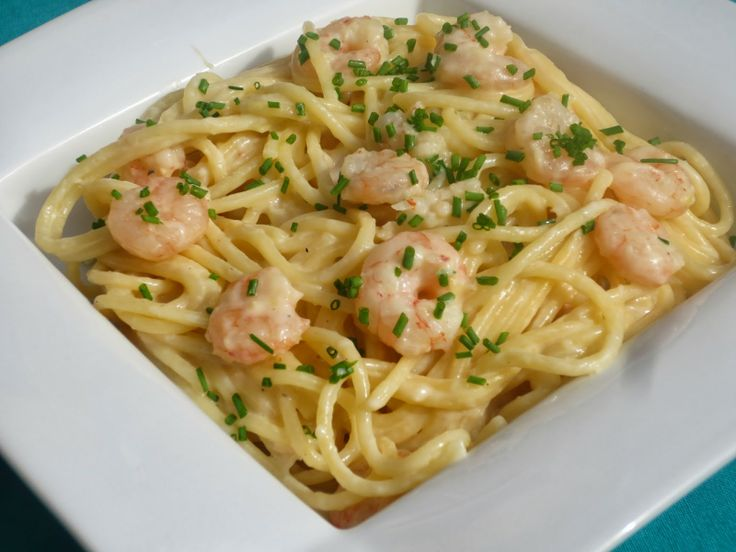 Espaguetis con puerro y gambas Thermomix