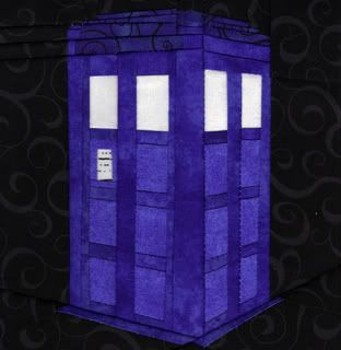 Free TARDIS pattern  http://fandominstitches.files.wordpress.com/2011/09/pattern_tardis_ofenjen.pdf