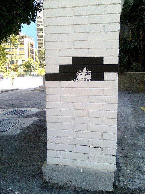 """""""Escondido"""" Altamira, Caracas.....look everyone it's syd barrett!!"""