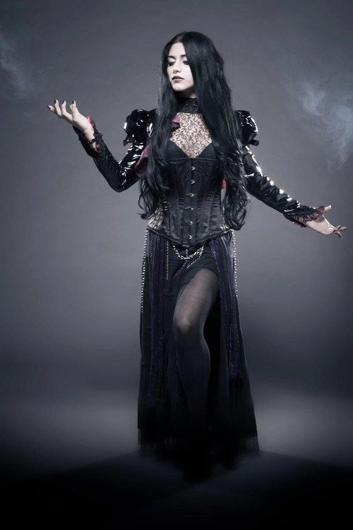 Dark #Goth girl beauty