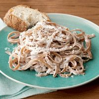 Greek Yogurt Alfredo Sauce-previous pinner said: This was AMAZING!! I couldn't believe it's the healthy version. I made a few changes to the recipe. I used 3 tablespoons of minced garlic, added a few dashes of Cayenne Pepper and I used 1/2 cup of grated Parmesan in the sauce. I also added a bit more greek yogurt and chicken stock because I put chicken breasts in the pasta too. I will definitely make this again!!