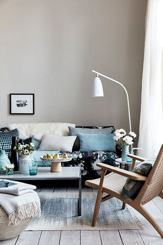 So much inspiration in one image! Our Moonshot floor lamp, shot by Sally Denning, looks fab in this blue-accented living room.