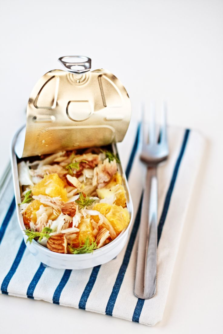 Insalata finocchi, arance, sgombro e mandorle / Fennel, oranges, mackerel and almonds salad