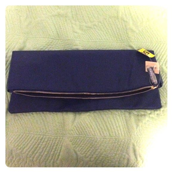 CLUTCH Royal blue clutch bag from F21! ✨NEW WITH TAGS✨ Forever 21 Bags Clutches & Wristlets