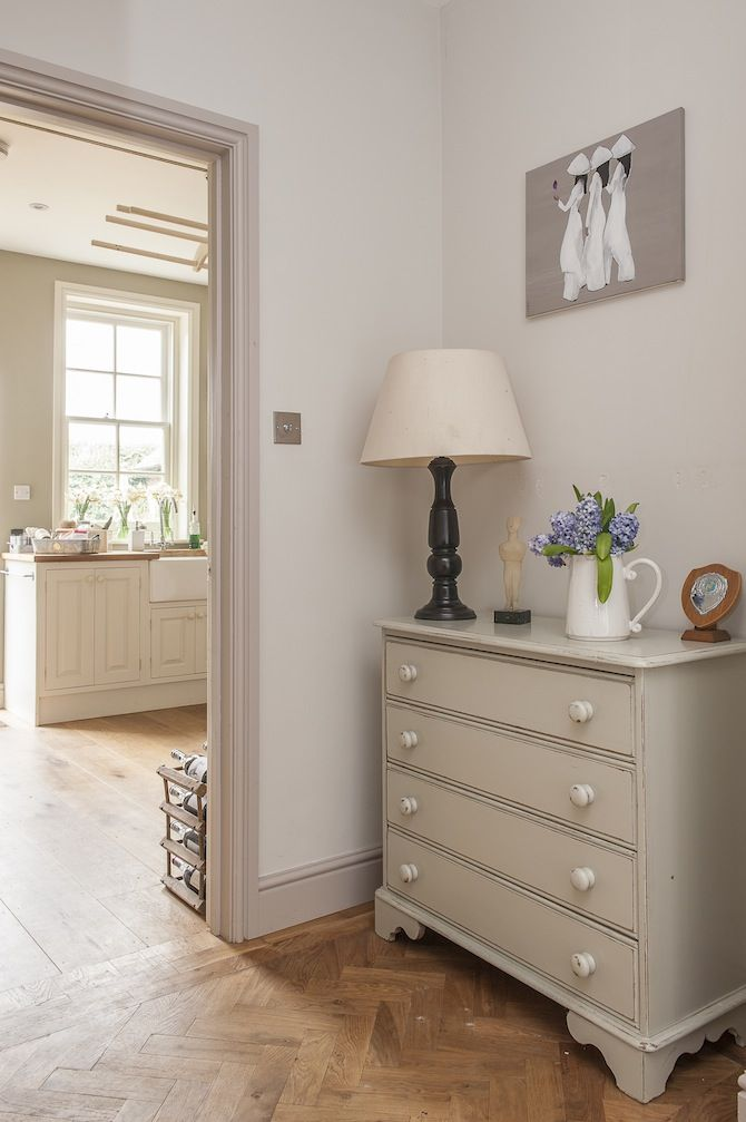 Love this colour on the chest of drawers.