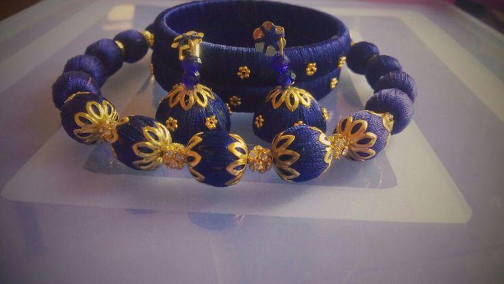 Blue slik thread