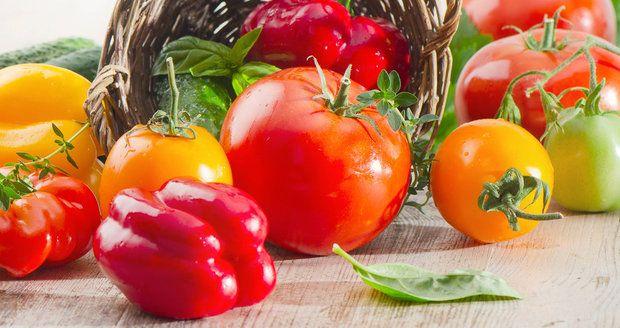 Jak usušit nebo zamrazit rajčata i papriky, abyste si na nich pochutnali i v zimě   Blesk.cz
