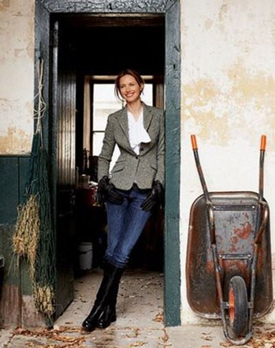 Equestrian style- dressy/casual LOVE it! Would look great for a photo op with the horse where show clothes are TOO dressy.